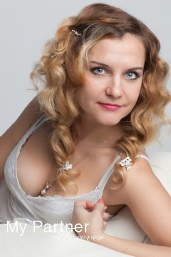 Dating with Charming Belarusian Lady Tatiyana from Grodno, Belarus