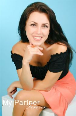 Dating with Pretty Ukrainian Lady Inna from Sumy, Ukraine