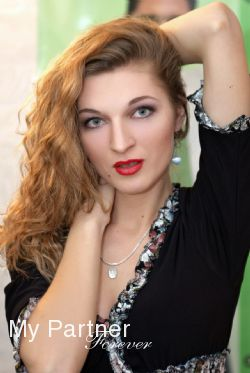 Dating with Single Belarusian Lady Oksana from Grodno, Belarus