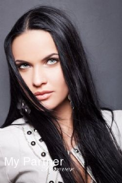Datingsite to Meet Charming Ukrainian Girl Nataliya from Kiev, Ukraine