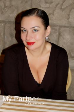 Datingsite to Meet Single Ukrainian Lady Yuliya from Odessa, Ukraine