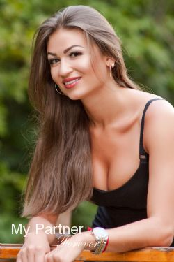 Dating Service to Meet Oksana from Poltava, Ukraine