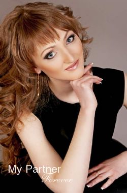 Dating with Stunning Ukrainian Girl Inna from Poltava, Ukraine