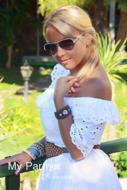 Datingsite to Meet Beautiful Ukrainian Lady Anzhela from Vinnitsa, Ukraine