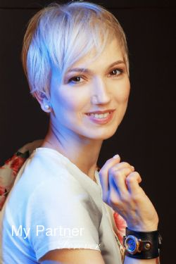 Datingsite to Meet Stunning Belarusian Woman Tatiyana from Minsk, Belarus