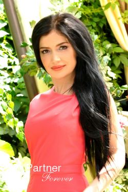 Datingsite to Meet Stunning Ukrainian Woman Nataliya from Kharkov, Ukraine