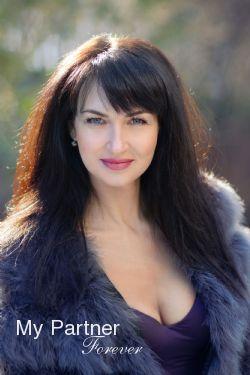 Matchmaking Service to Meet Nataliya from Kharkov, Ukraine