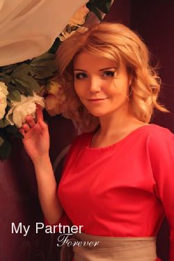 Meet Charming Russian Girl Nadezhda from Pskov, Russia