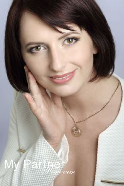 Online Dating with Gorgeous Belarusian Woman Marina from Grodno, Belarus