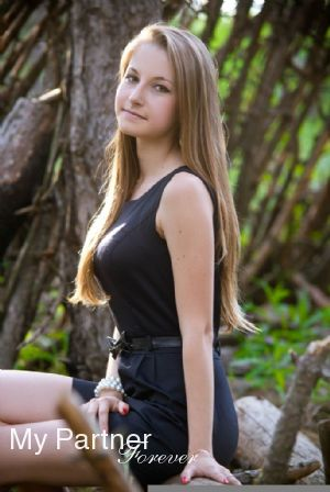 Dating with Single Ukrainian Woman Elena from Zaporozhye, Ukraine