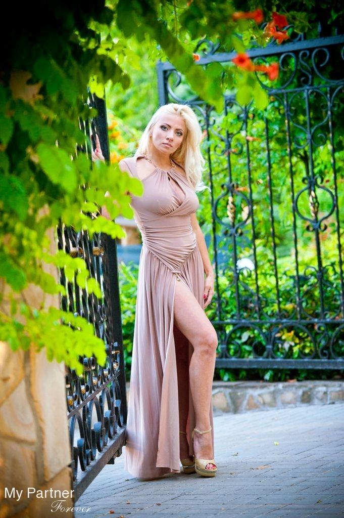 Zaporozhye Ukraine Divorced Lady With 87