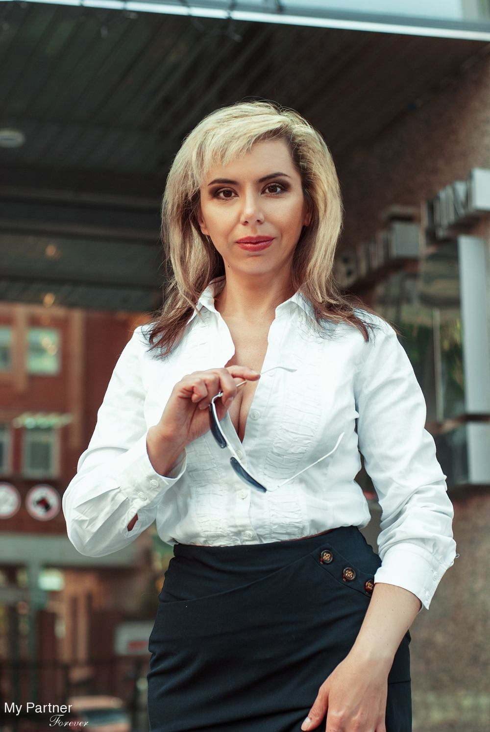 dating poltava ukraine I am a calm and positive person the one who loves to laugh and make others laugh with me :) active lifestyle, beautiful look and positive thoughts are always at my side.