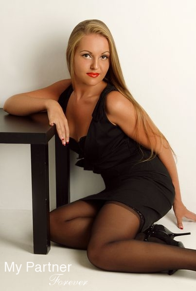 Dating Site to Meet Gorgeous Russian Lady Alina from Chisinau, Moldova