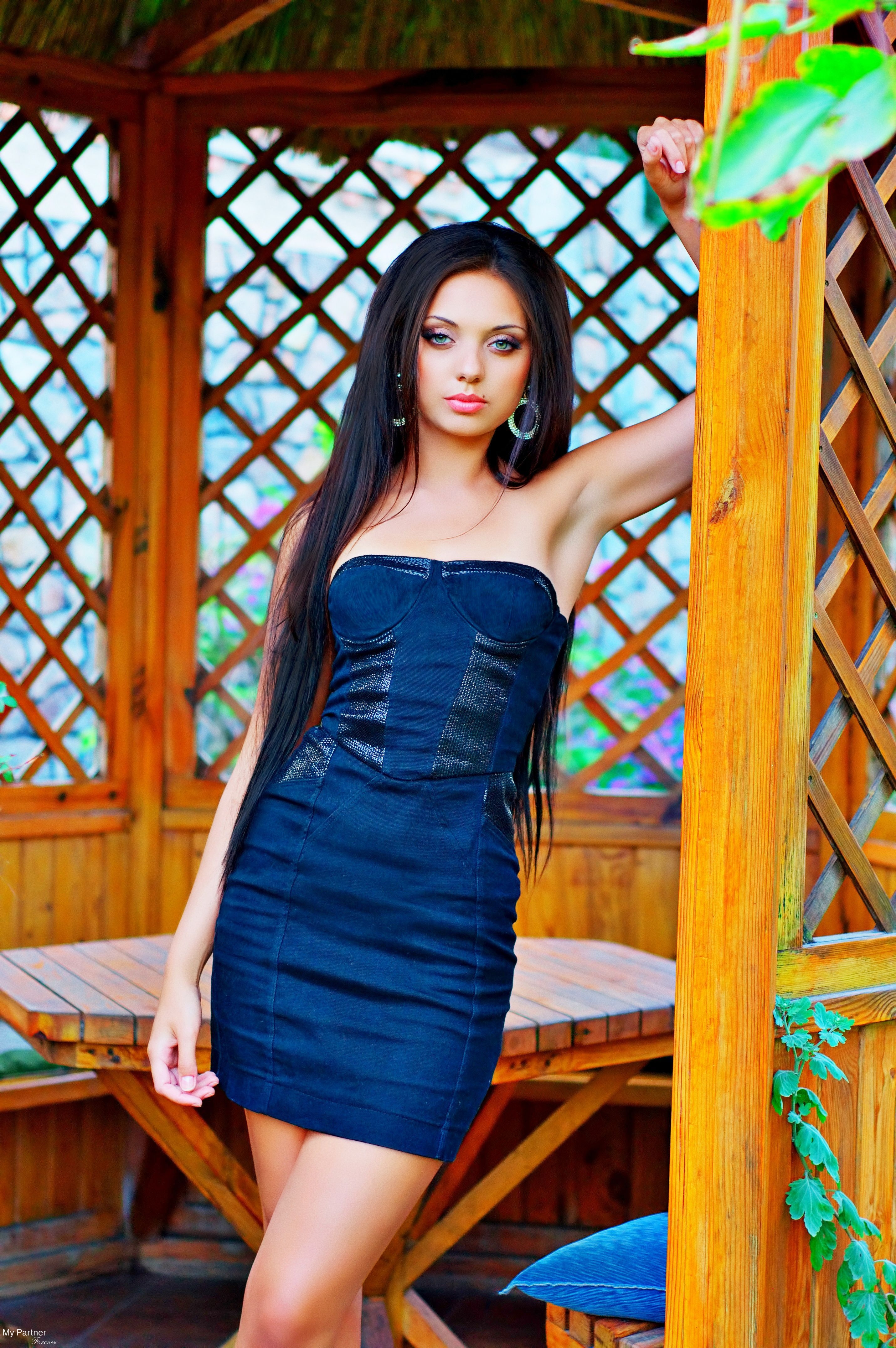 Dating Site to Meet Gorgeous Ukrainian Girl Yanina from Zaporozhye, Ukraine