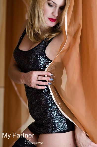 pleasant plain mature dating site Free chat with online singles from different countries join our chat rooms wihtout payment to talk to members who are online now no hidden fees.