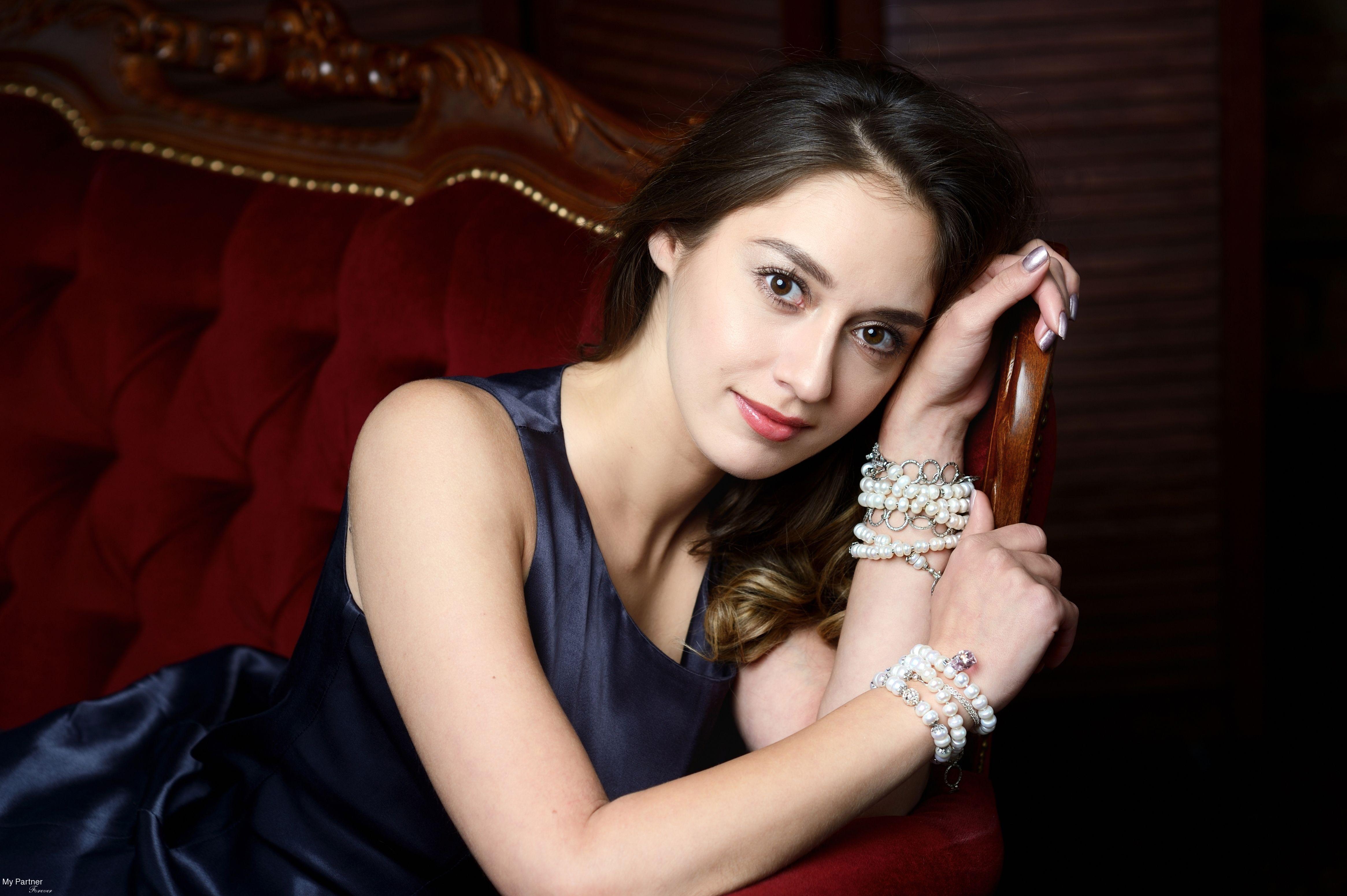 Dating with Pretty Russian Girl Evgeniya from Pskov, Russia