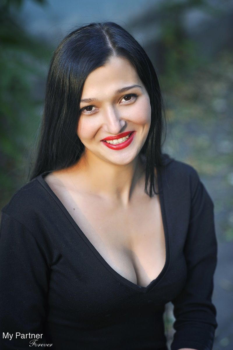 Dating With Pretty Ukrainian Girl Mariya From Nikolaev