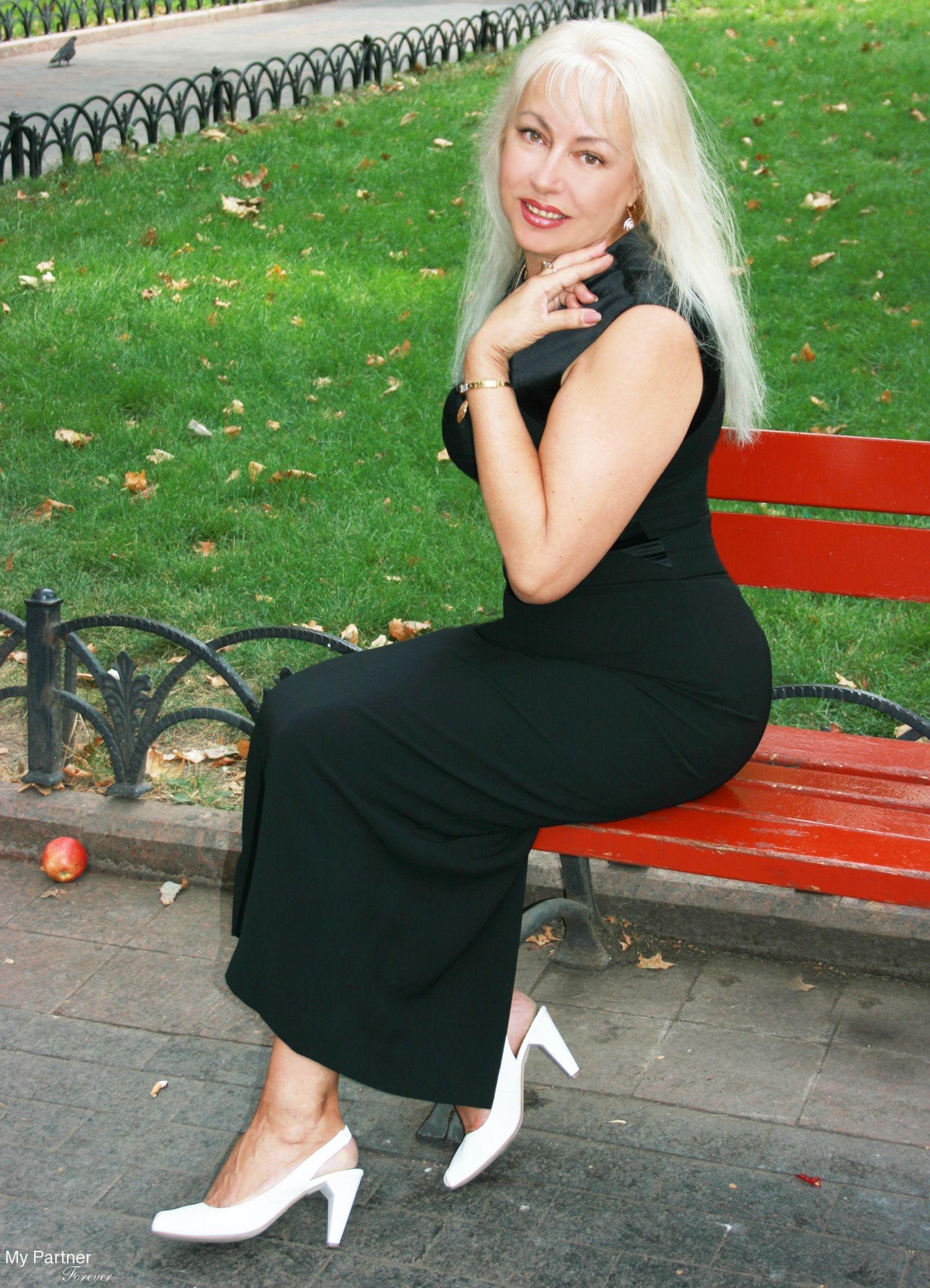 Meet Ukraine Ladies - Elena from Odessa, Ukraine