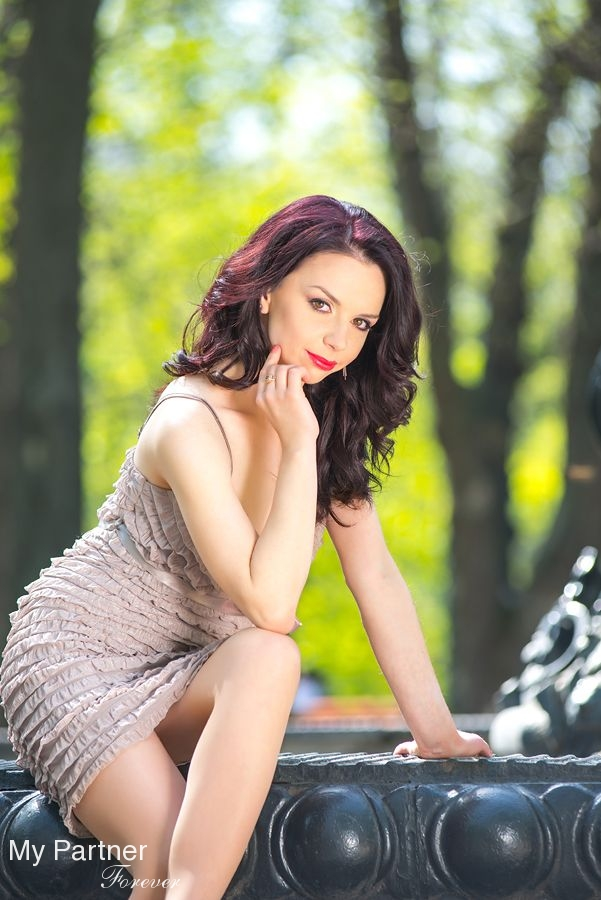 Datingsite to Meet Beautiful Ukrainian Lady Tatiyana from Kiev, Ukraine