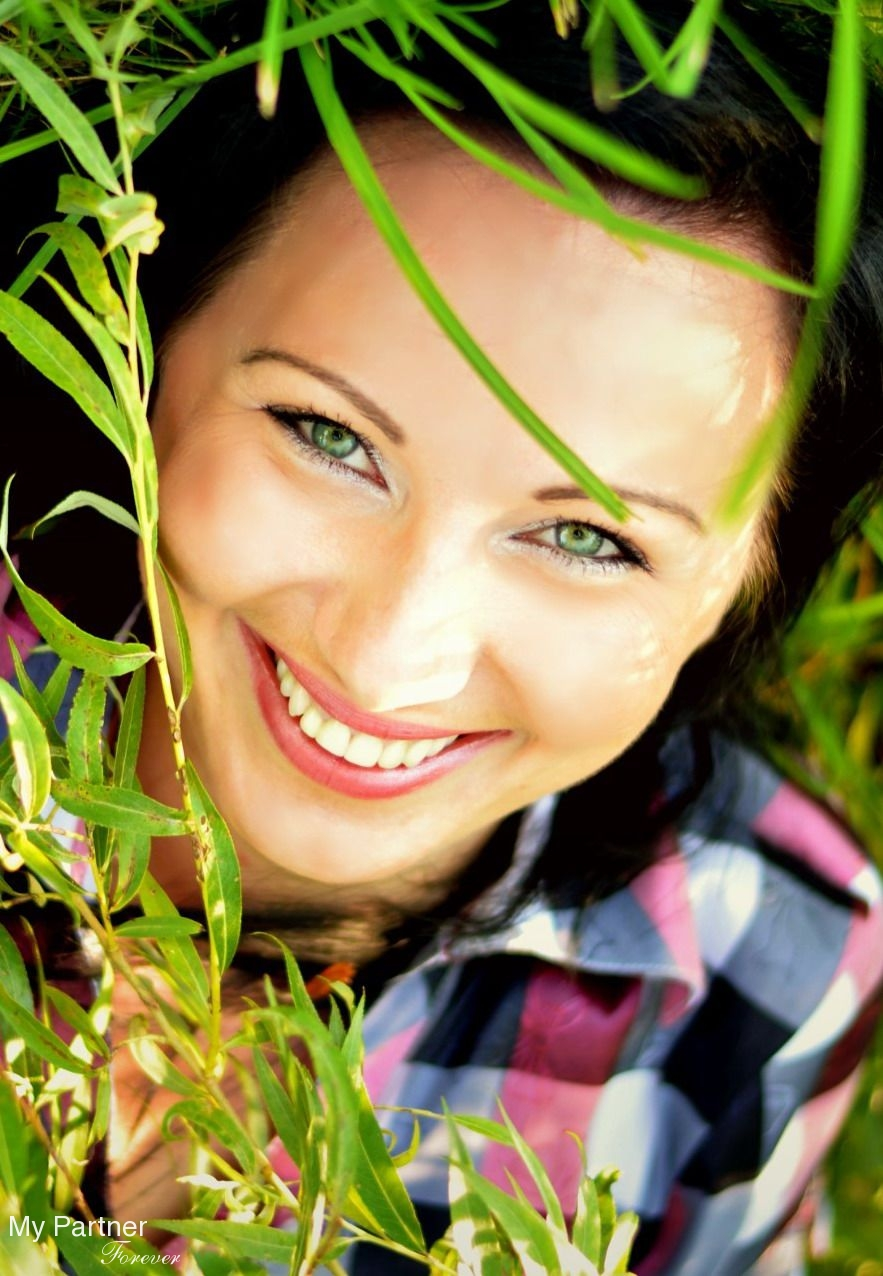 Datingsite to Meet Stunning Belarusian Woman Yuliya from Shchuchin, Belarus