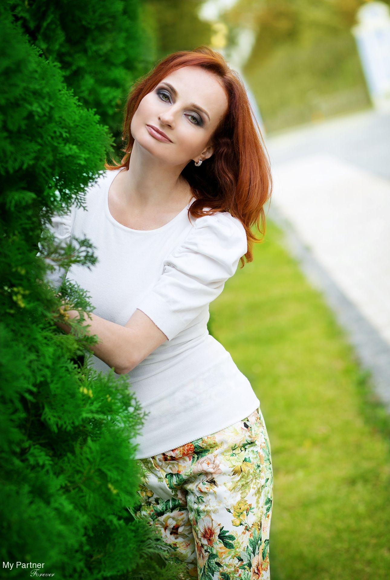 Scam Control Russian Bride 40