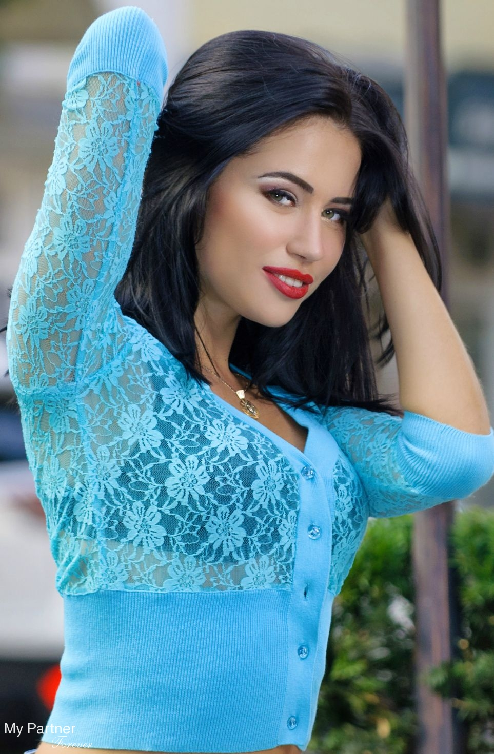Meet Gorgeous Ukrainian Woman Viktoriya from Poltava, Ukraine