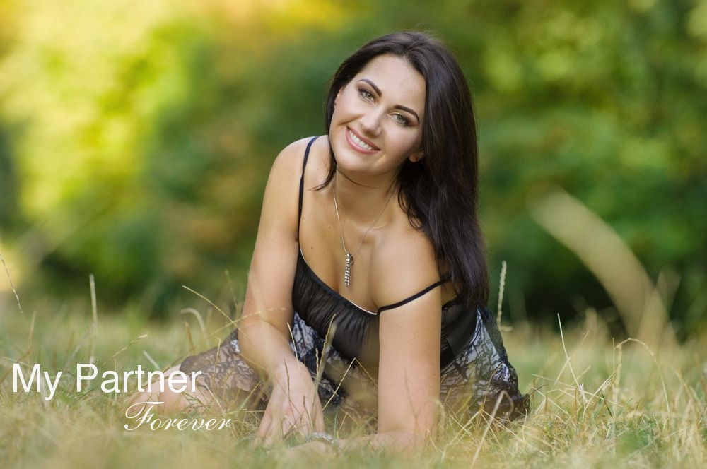 Charming Bride from Ukraine - Elena from Poltava, Ukraine