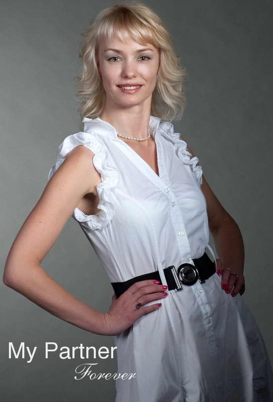 Dating Service to Meet Charming Belarusian Lady Inna from Grodno, Belarus