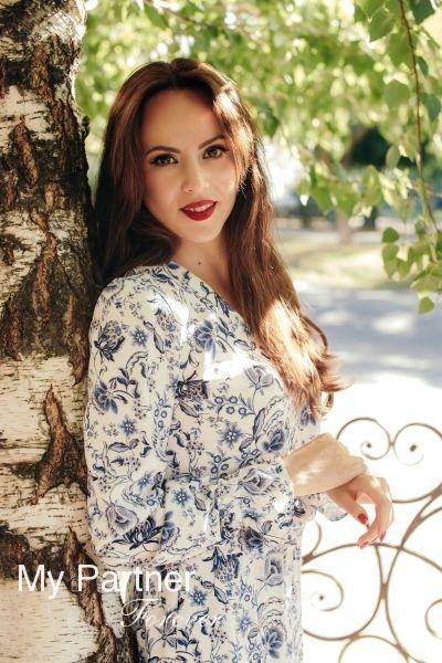 Dating Service to Meet Charming Ukrainian Lady Olga from Zaporozhye, Ukraine