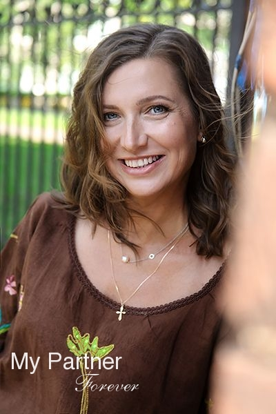 Dating with Charming Russian Woman Natalya from Pskov, Russia