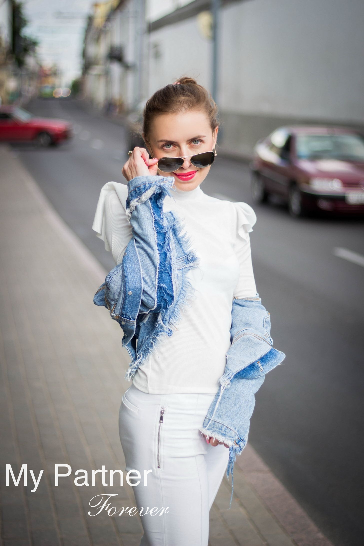 Dating with Gorgeous Belarusian Girl Diana from Grodno, Belarus