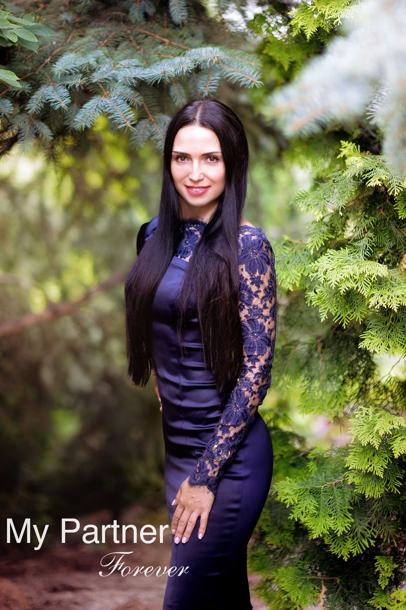Dating with Gorgeous Ukrainian Girl Elena from Kharkov, Ukraine