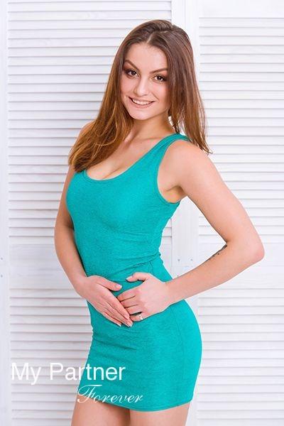 Dating with Pretty Ukrainian Lady Margarita from Zaporozhye, Ukraine
