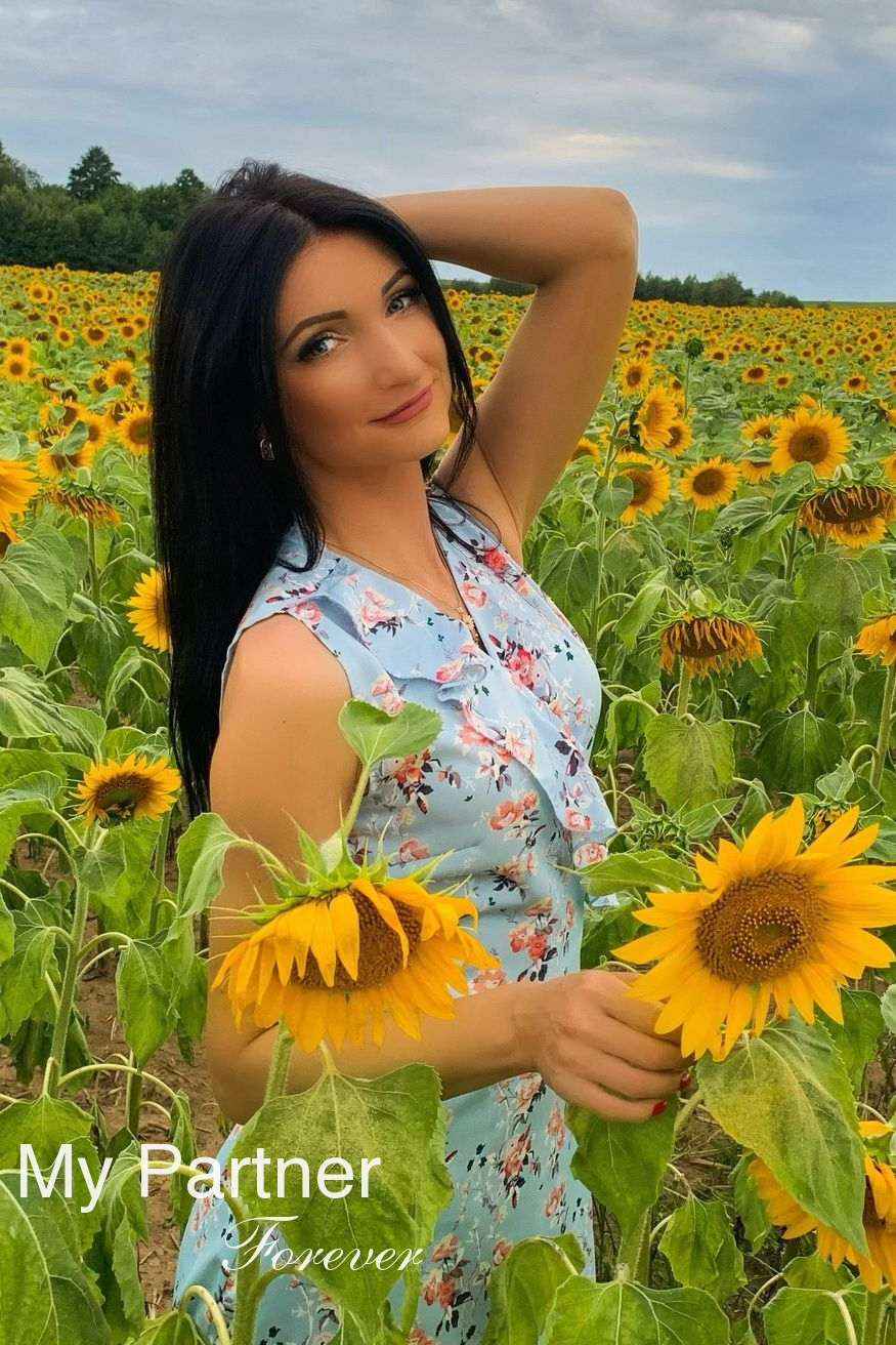 Dating with Single Belarusian Lady Irina from Grodno, Belarus