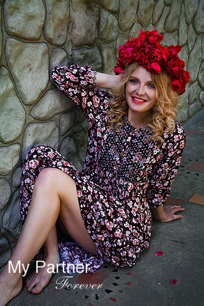 Dating with Single Russian Lady Svetlana from Pskov, Russia