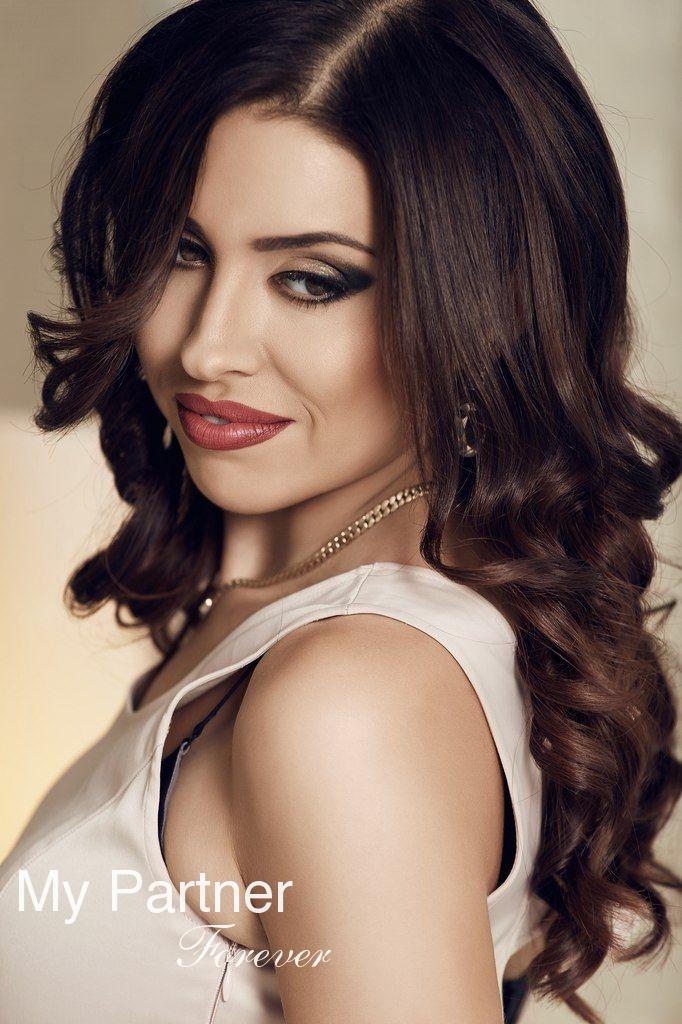 Datingsite to Meet Beautiful Ukrainian Woman Nataliya from Vinnitsa, Ukraine