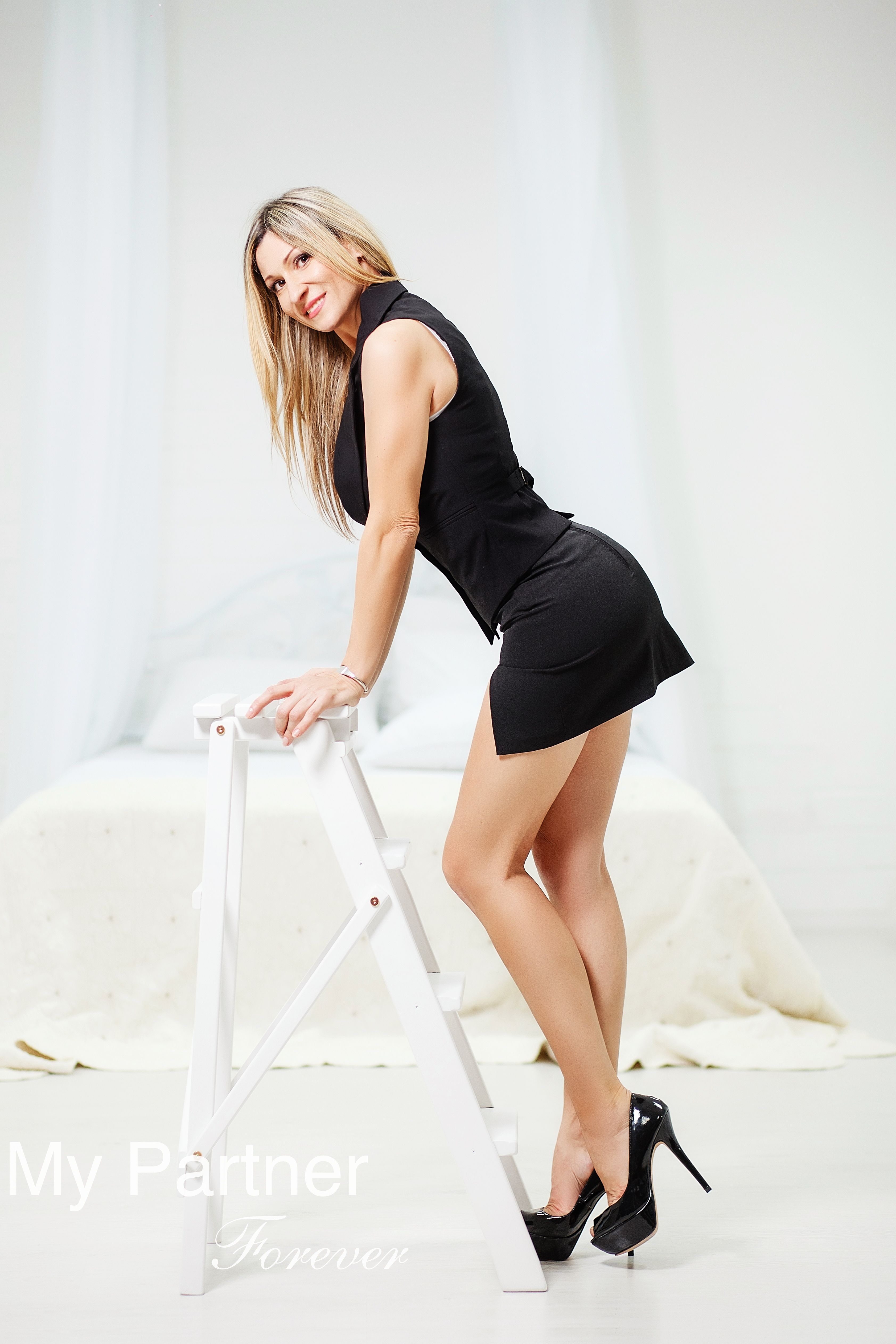 larisa mature dating site Dating russian women bride larisa from odessa, ukraine for marriage you can write directly to the russian brides email address maturelarisa: larisa: i am a modern, intelligent woman with mature .