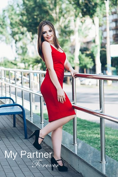 Datingsite to Meet Pretty Ukrainian Lady Karina from Zaporozhye, Ukraine