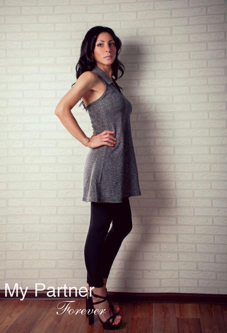 Datingsite to Meet Single Ukrainian Woman Arina from Kiev, Ukraine
