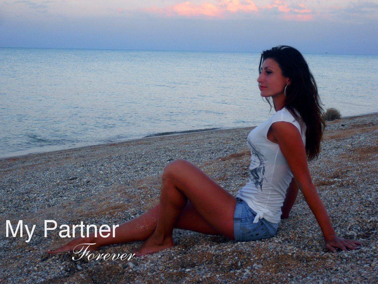 Datingsite to Meet Single Ukrainian Woman Yuliya from Vinnitsa, Ukraine