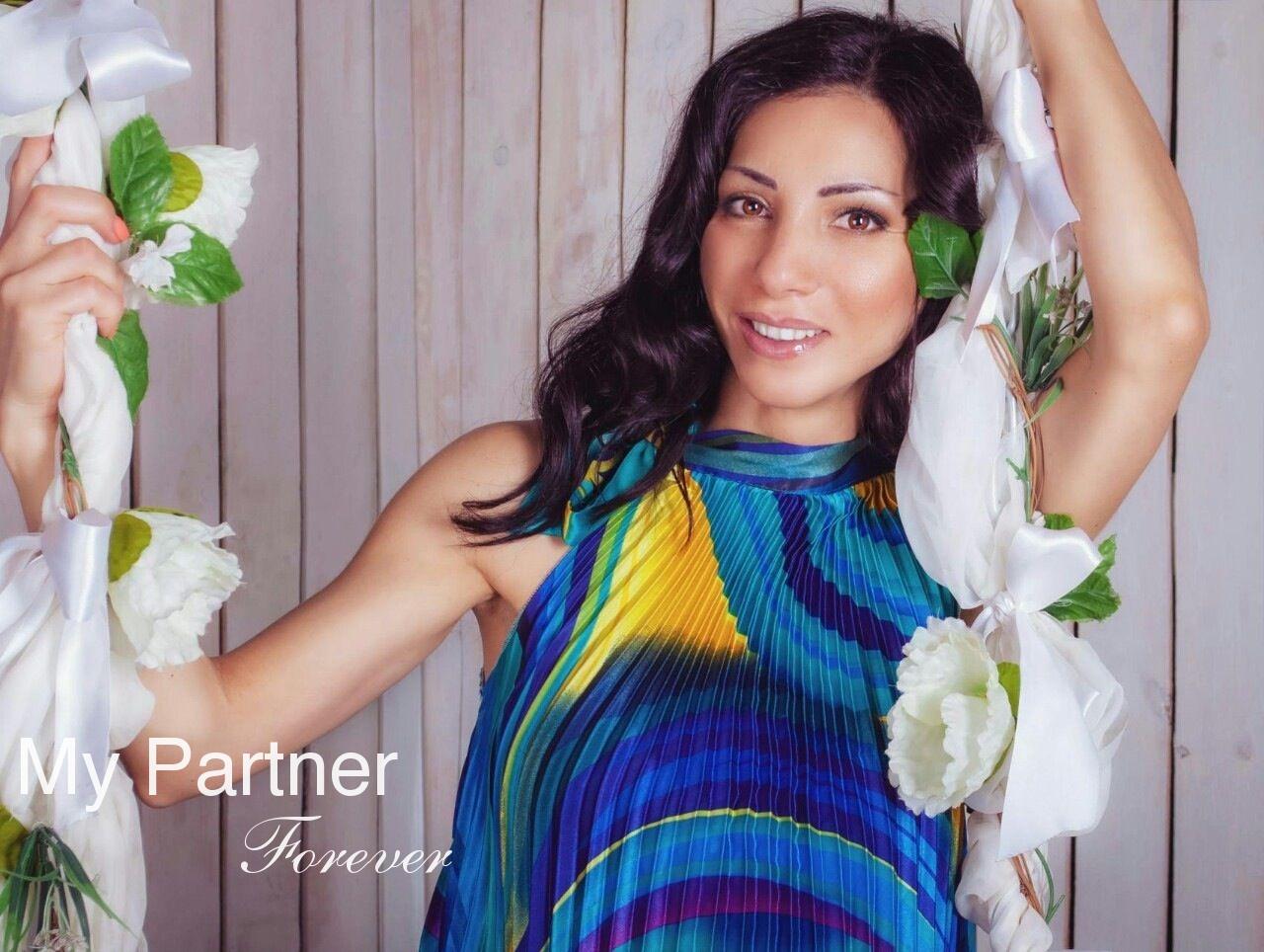 International Dating Service to Meet Arina from Kiev, Ukraine