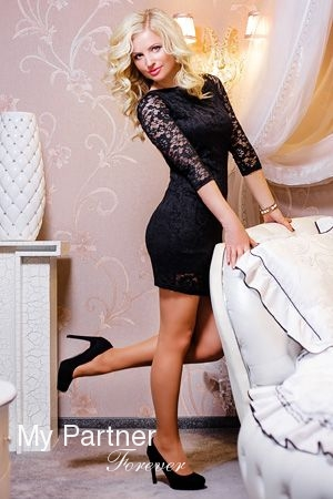 larisa mature personals Mature dating  as a single woman dating over 50, what are your thoughts  about deal breakers in  3 top dos and don'ts for single women dating after  50.