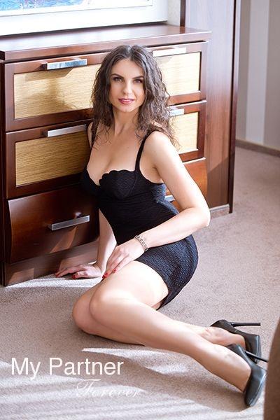 International Dating Site to Meet Valentina from Zaporozhye, Ukraine