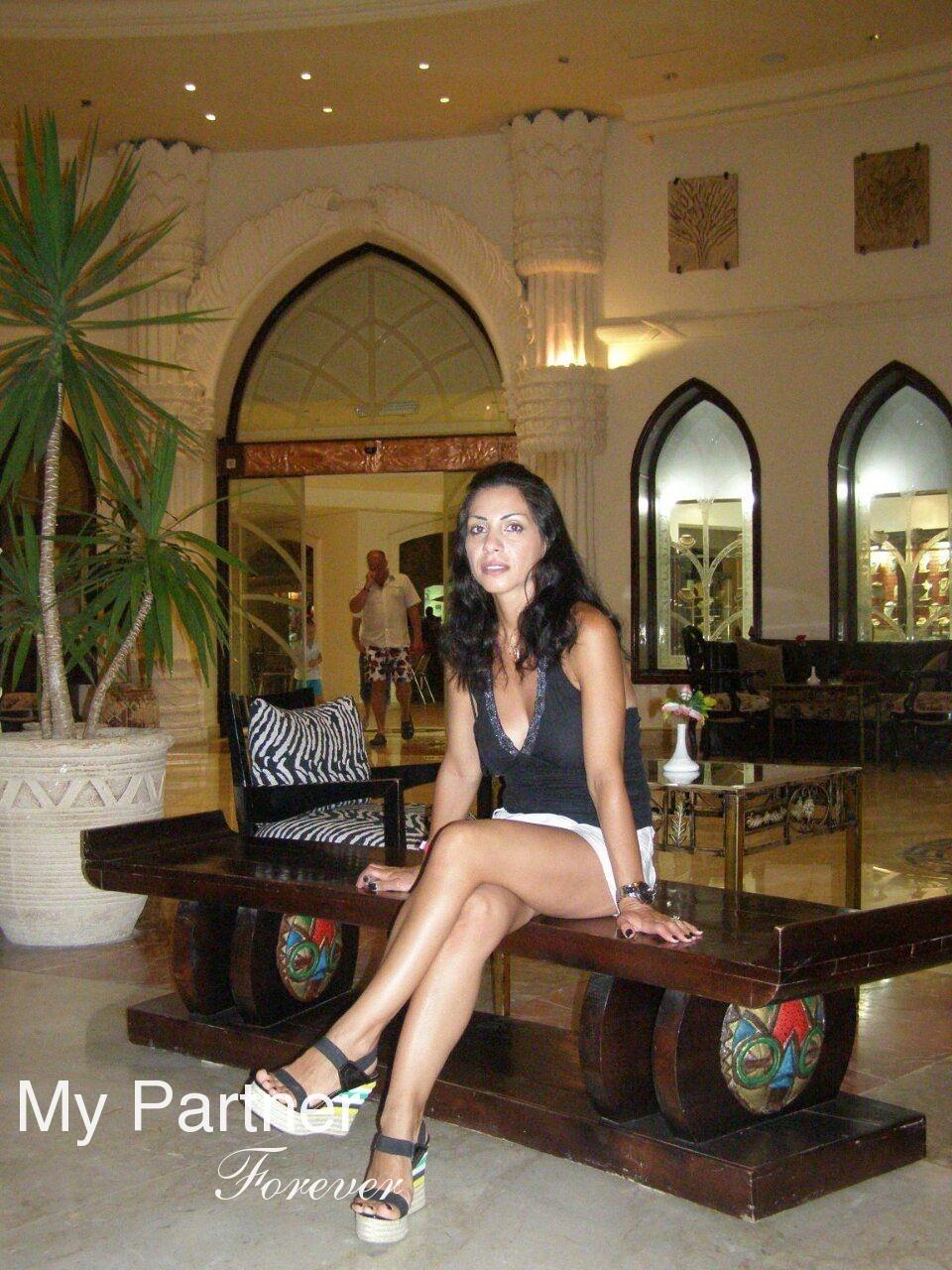 International Datingsite to Meet Arina from Kiev, Ukraine