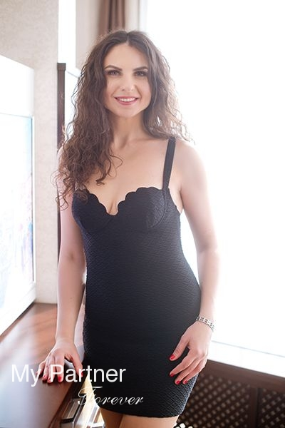 International Datingsite to Meet Valentina from Zaporozhye, Ukraine