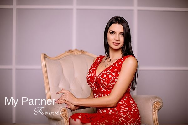 Meet Charming Ukrainian Girl Yana from Zaporozhye, Ukraine