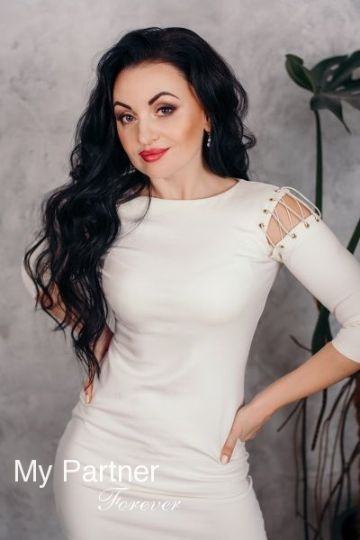Meet Charming Ukrainian Woman Viktoriya from Zaporozhye, Ukraine