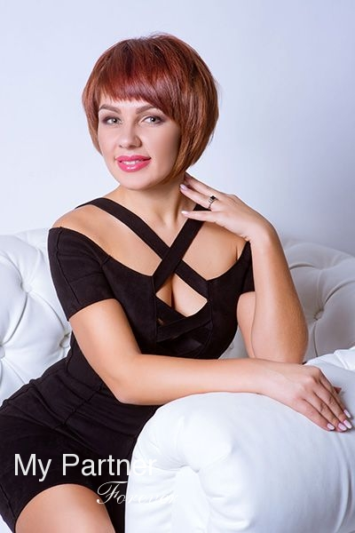 Meet Pretty Ukrainian Woman Ekaterina from Zaporozhye, Ukraine