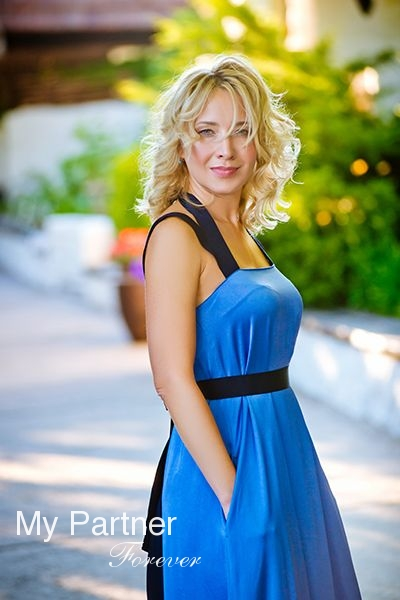 Meet Sexy Ukrainian Girl Yuliya from Zaporozhye, Ukraine
