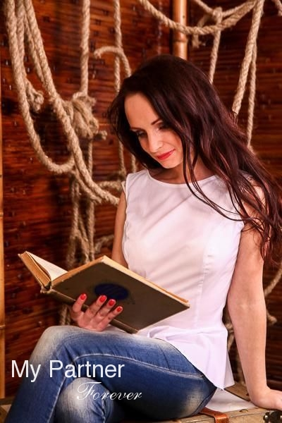 Online Dating with Charming Russian Lady Kseniya from St. Petersburg, Russia